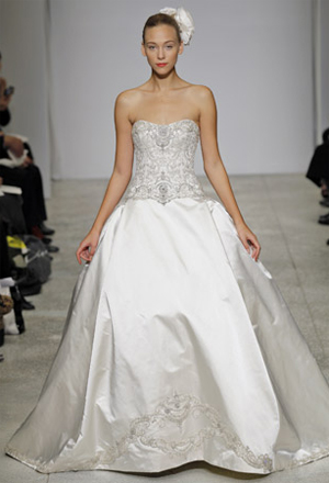 Ball-Gown-Wedding-Dress-4