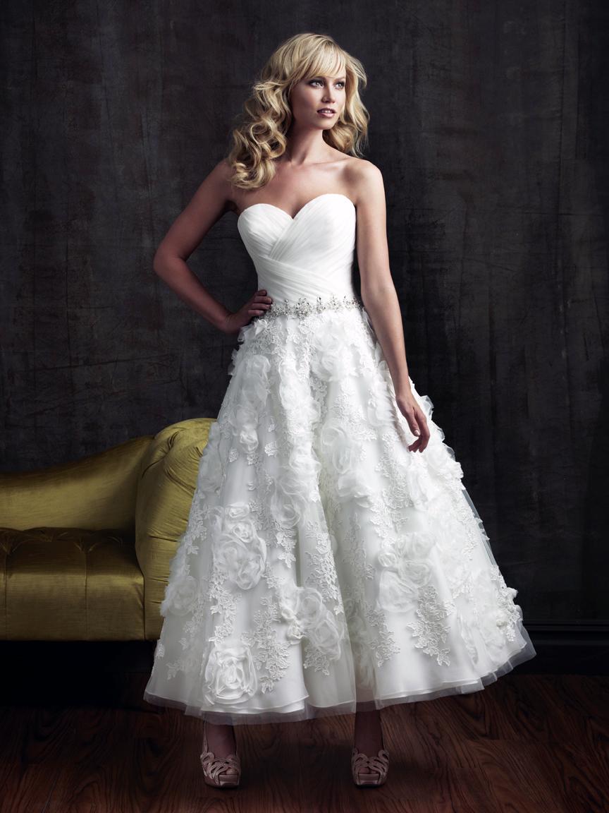 wedding dresses | The Best Wedding Blog Ever by Marilyn\'s Keepsakes