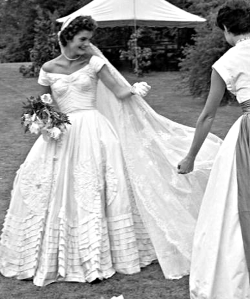 Jacqueline Kennedy Wedding Gown: The Best Wedding Blog Ever By